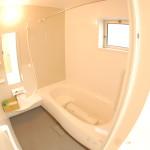 安行吉岡 浴室