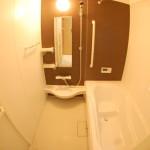 塚越 浴室