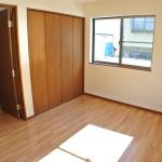 栄町 洋室